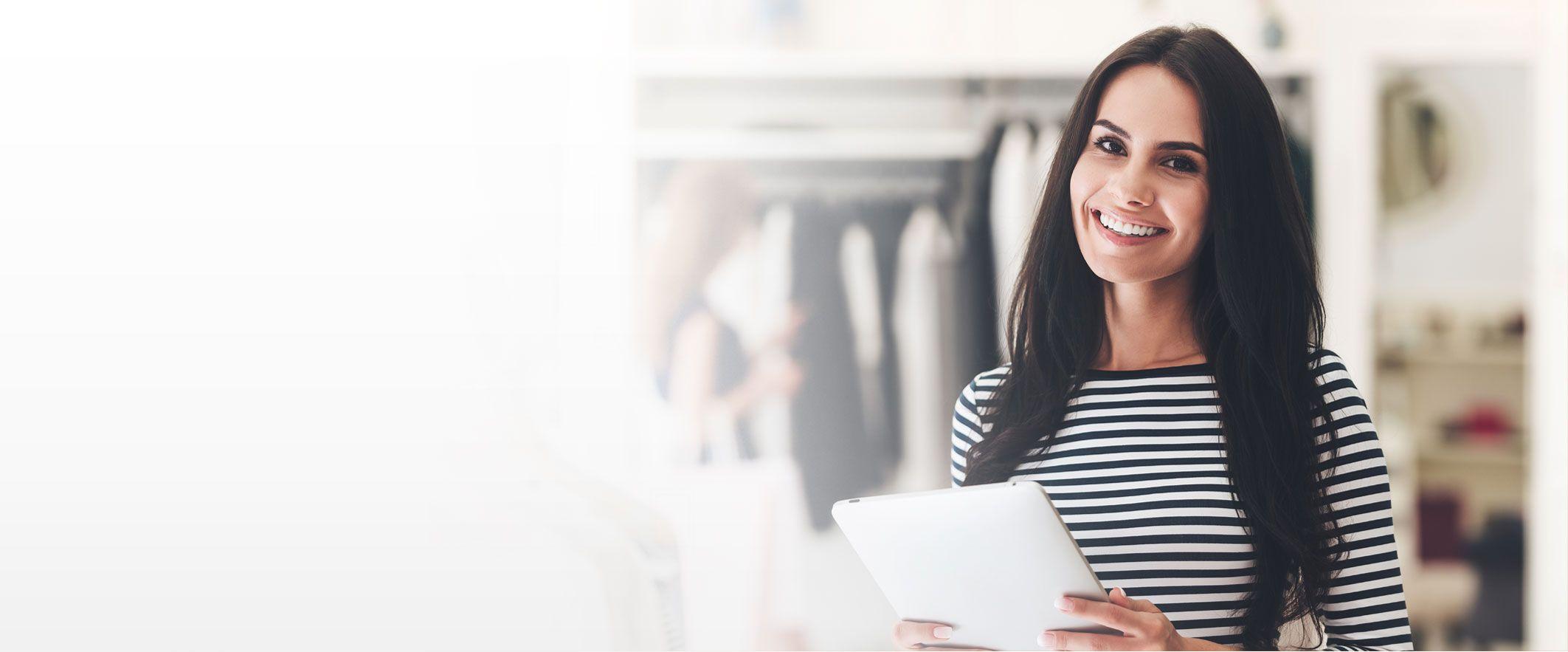 Aumenta tus ventas / con nuestra plataforma de e-Commerce diseñada para vender más