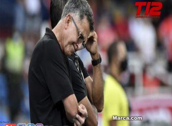 Juan Carlos Osorio pierde los papeles... gestos obscenos y mucho nerviosismo
