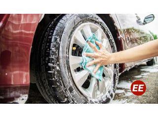 Con este paso ahorras agua y dinero al lavar tu carro