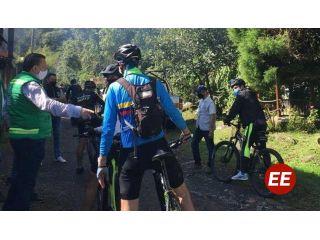 Bienvenida a los visitantes en reapertura de cuenta alta del Otún