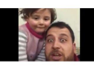 [Video] Padre sirio hace creer a su hija que los bombardeos son un juego