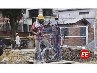 Sin descanso se construye el Centro Vida Oriente