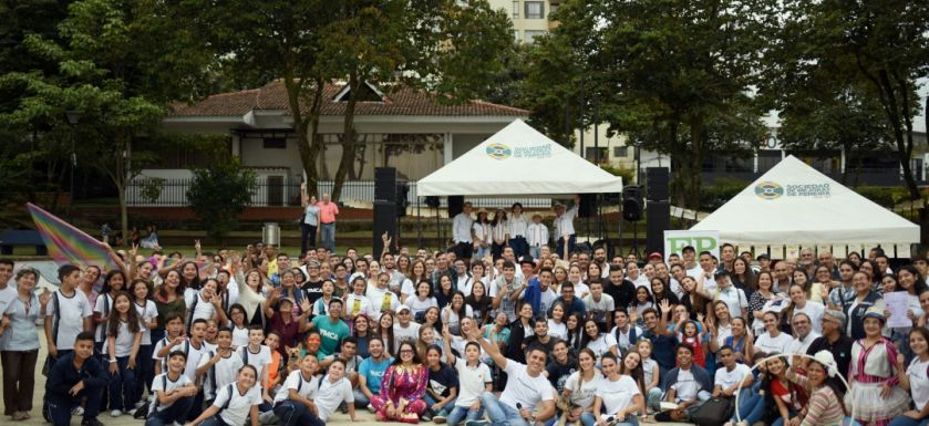Miles de pereiranos se unieron a la campaña Yo Cuido a Pereira
